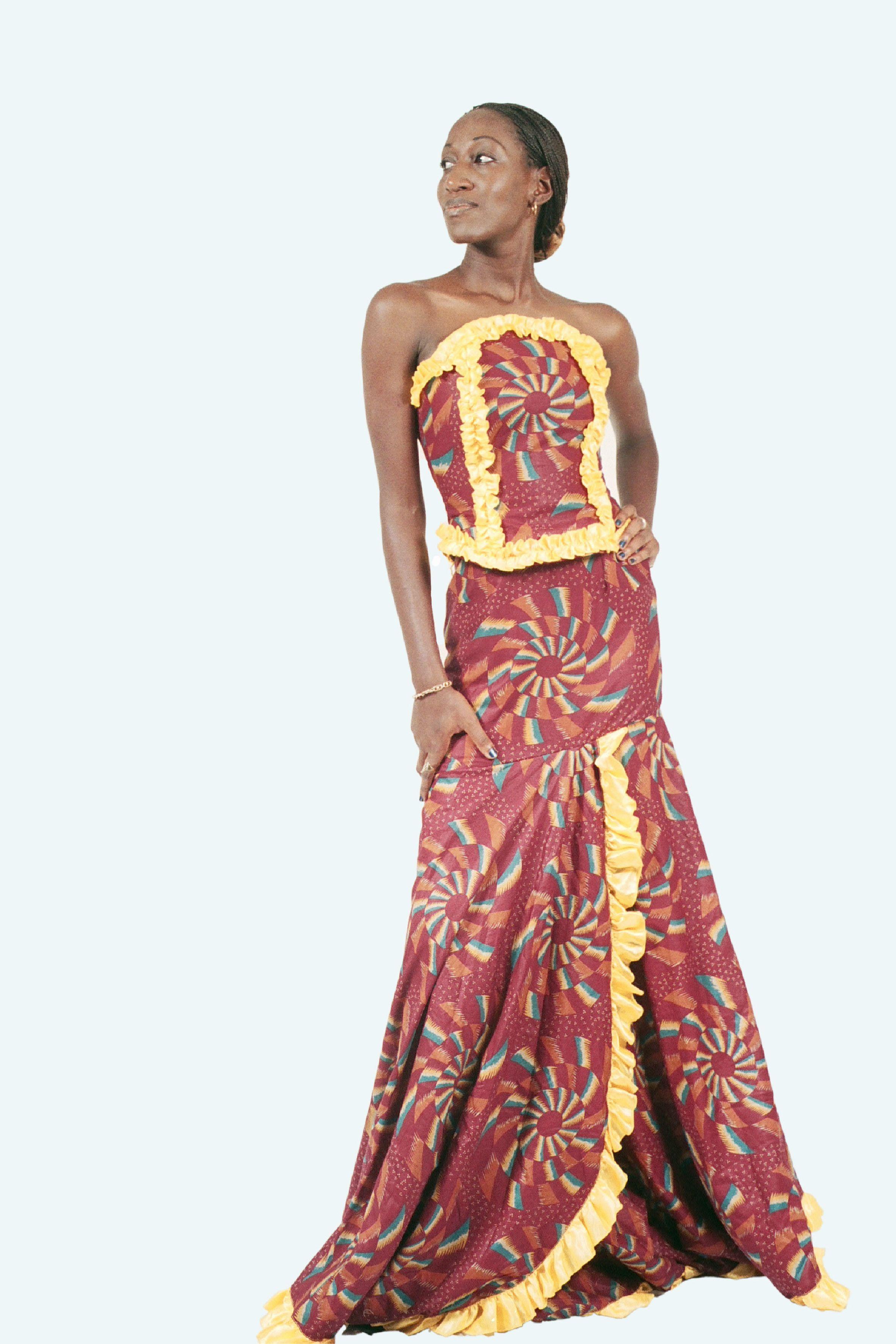 Modèles en tissu pour la robe de mariée